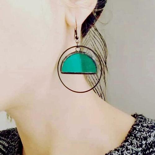 bijoux-boucles-oreilles-creoles-verre-vitrail-tiffany-artevitro